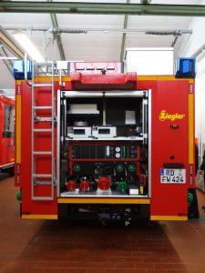 Im Heckbereich befindet sich die Pumpe, eine Rückfahrkamera und ein Heckwarnsystem